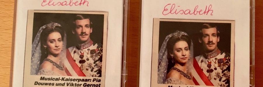 Eine der beiden Kassetten auf denen ich die Radioübertragung der Prämiere des Musicals Elisabeth am 3. September 1992 aufgenommen habe.